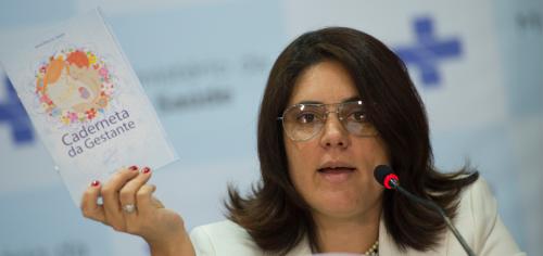 Os obstáculos da saúde no país - Entrevista com Karla Coelho